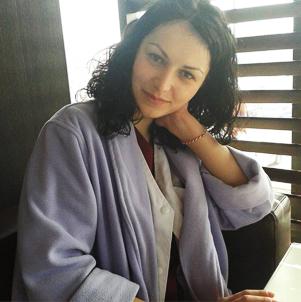 Dr. Dragu Elena